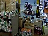 司書室の前に積まれた本の山